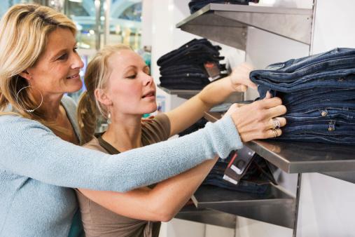 Sortir acheter des habits : un rite de passage sous-estimé