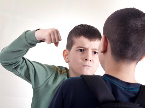 Préparez votre enfant à répondre à la violence