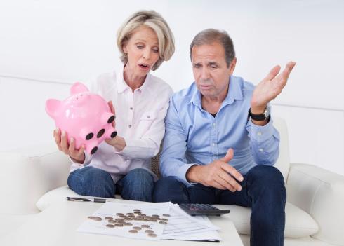 La spirale des dettes pourrit notre vie de couple