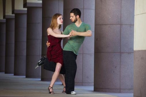 """La danse, """"une recherche de consensus par le corps"""""""