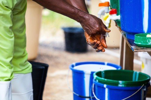Lutter contre le virus Ebola