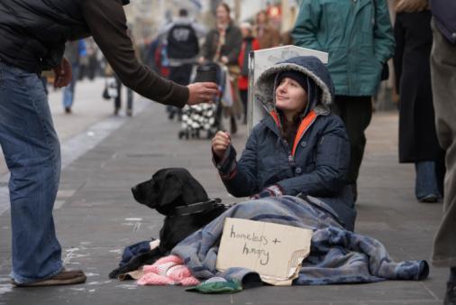 Décrypter les préjugés sur les pauvres