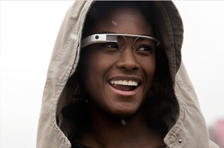 Google Glass: réalité augmentée et transformée