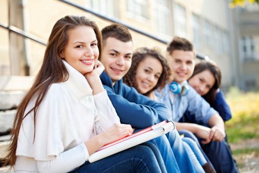 Des jeunes se mobilisent pour les droits humains