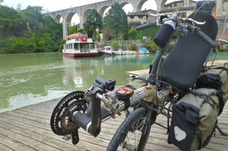 5000 kilomètres à vélo pour aider une école